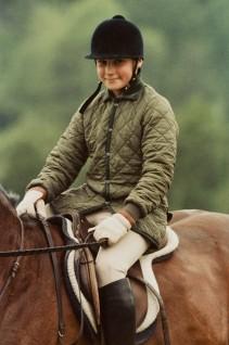 Prins Haakon Magnus på hesteryggen. (Foto: ukjent. Det kongelige hoffs fotoarkiv)