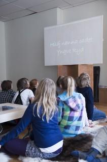Fra formidling i Vindusgalleriet, Nasjonalmuseet 2011, 5. klasse, Ila skole, Oslo. Foto: Nasjonalmuseet