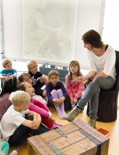 Hva gjør Askeladden? Dialog om eventyrtegningene. Foto: Nasjonalmuseet