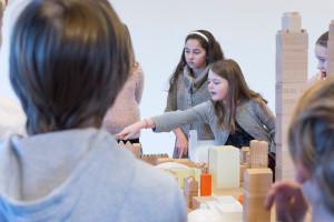 """Elever jobber med byplanlegging og arkitektur i """"Byplansjefene"""""""